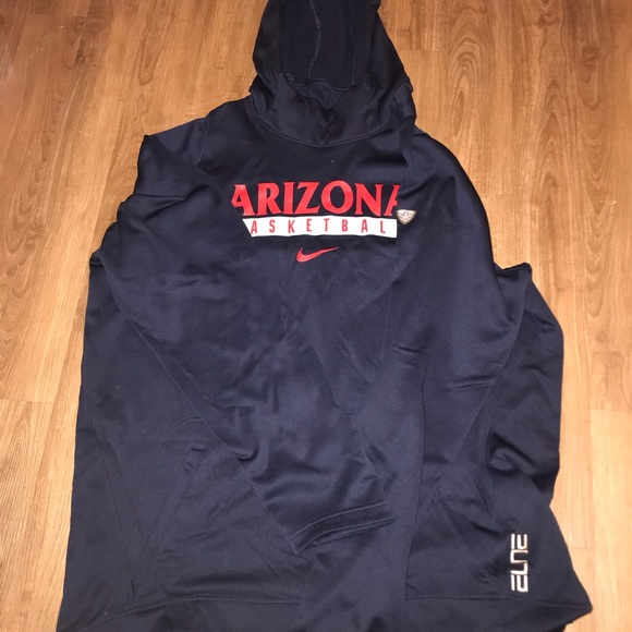 35844953 Nike Shirts | Arizona Basketball Elite Sweatshirt | Poshmark